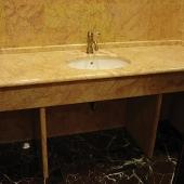 Мраморный столик под умывальник для ванной