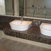 Мраморная столешница под умывальники для ванной комнаты